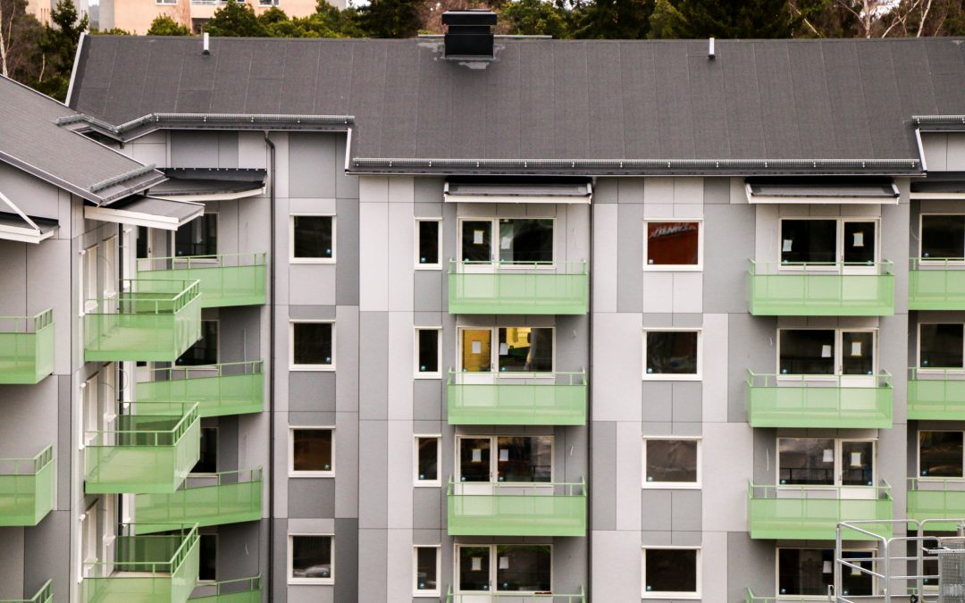 Det nybyggda kvarteret Sörby Backe beläggs med SBS-tätskikt Mataki